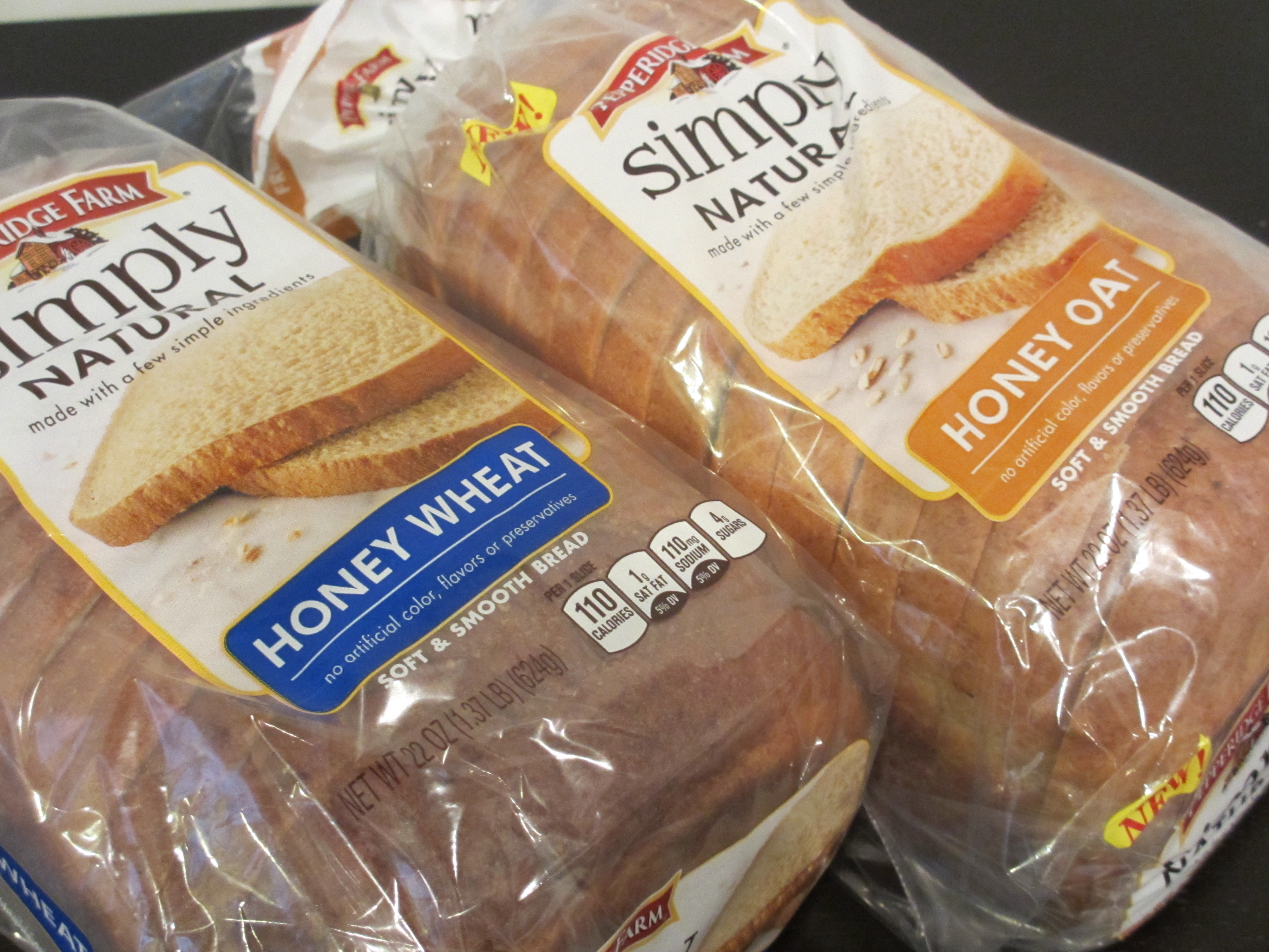 They Pride Themselves On Using Whole Grains With Whole Wheat Flour Honey Milk Butter And Mol In The New Breads Plus There Are No Artificial Colors