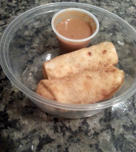egg rolls with peanut sauce