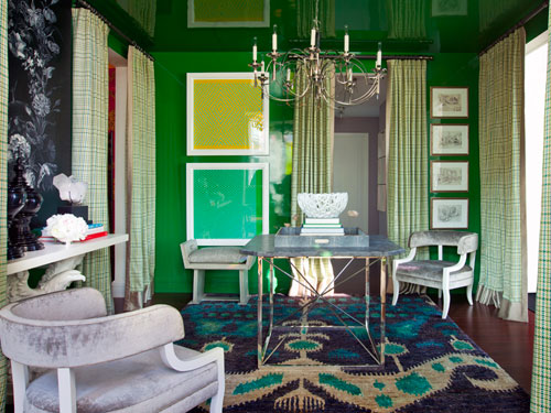 1-ghk-home-decor-trends-2013-emerald-green-room-lgn