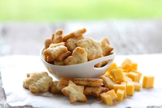 easy parmesan basil crackers