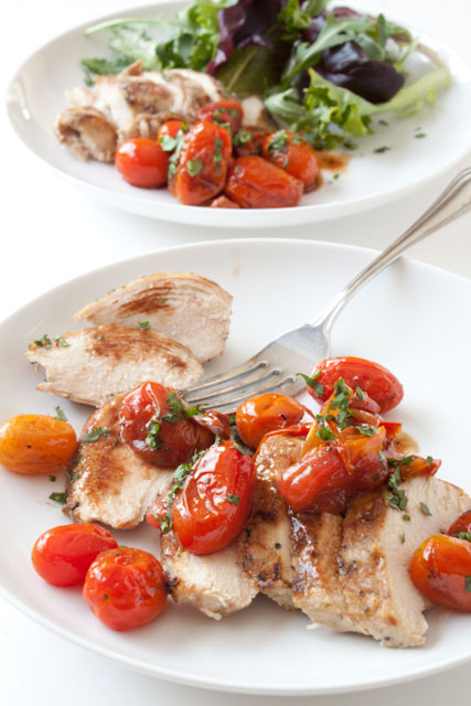 chicken and tomatos