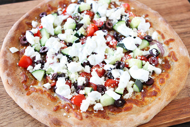 Tasty-Kitchen-Blog-Greek-Pizza-11