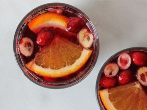 cranberry-red-wine-sangria