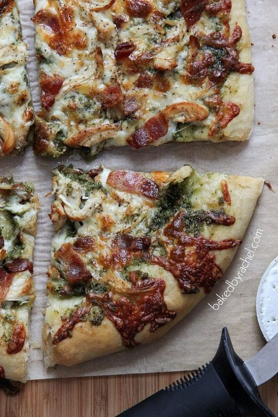 Bacon pesto chicken pizza